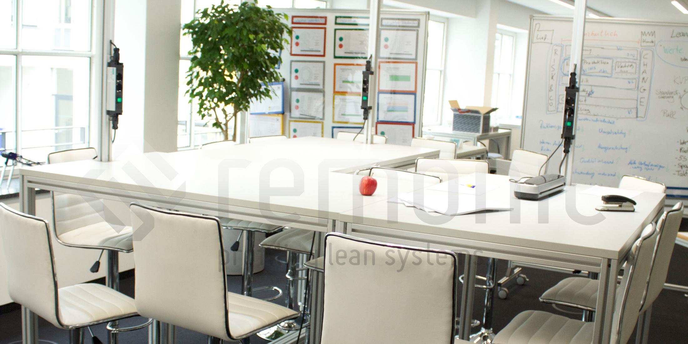 Ergonomische und wohlgeformte Arbeitstische und Arbeitsplätze für Ihr Büro, oder Ihre Produktion. remonic® bietet Arbeitsplätze für alle erdenklichen Fälle.